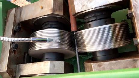 工厂机械加工过程实拍!惊人的工业制造,太完美了