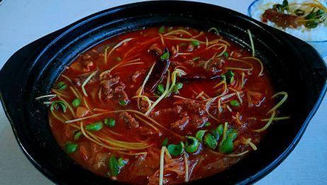 懒人版水煮牛肉,简单易做,全程不到半小时,又香又辣,太过瘾了
