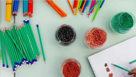 铅笔的笔芯是怎么塞进去的?终于弄懂了儿时的疑惑