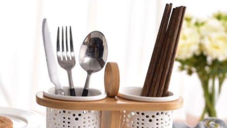 筷子放在筷笼,筷头究竟是该朝上还是朝下?原来这么多年都洗错了