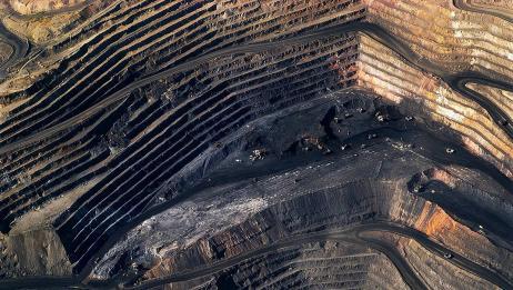 美国用100多年时间,挖一个世界最大的坑,宇航员能在太空看到