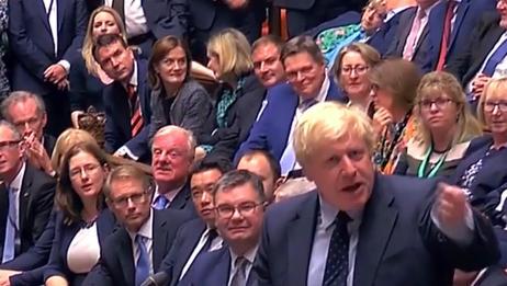 英国首相要求提前举行大选,议会将投票表决