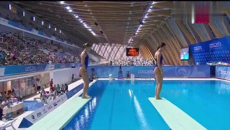 长相清秀的美女跳水比赛,两位小姐姐动作神同步,看完我都惊呆了