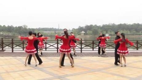 高安体育舞蹈协会交谊舞 我的心在飞 表演