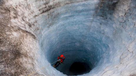 地球上真实存在的无底洞,每天吞噬3万吨海水,到底通向哪里呢?