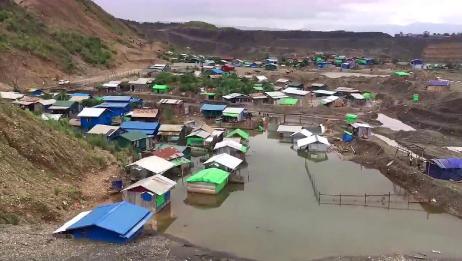 实拍缅甸莫西沙矿区:大雨洗刷后的土地,挖玉作业停不了