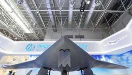 不再隐藏!中国彩虹7无人机亮相引全球关注,未来可联合歼20作战