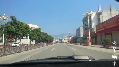 福建仙游县唯一的一个全国千强镇榜头镇,人口达16万2018GDP191亿