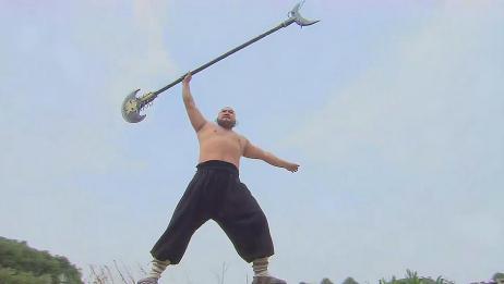 鲁智深手拿六十二斤禅杖,耍得虎虎生风,林冲看了都拍手叫好!