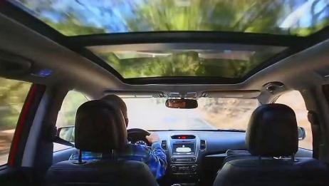 买车到底要不要带天窗?十年老司机告诉你利弊,买车再也不纠结