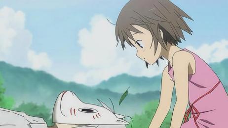 萤火之森:小女孩趁阿金睡觉拿下面具,阿金醒来说出他戴面具原因
