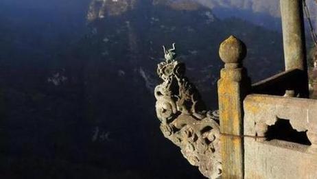 中国最危险香炉: 游客为上一炷香而殒命, 你还敢去上香吗?