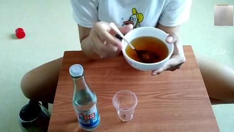 健康减肥:白醋里面加上它,每天一杯,健康又减肥!关键不用控制饮食
