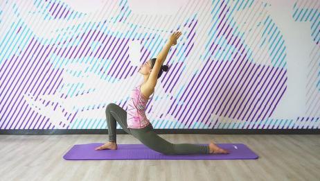 """5个瑜伽体式灵活脊柱,每天""""扭一扭""""缓解僵硬,身体越来越年轻"""
