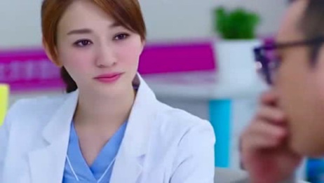 男子医院看男科碰上女医生,没想到女医生一看到病单变主动了