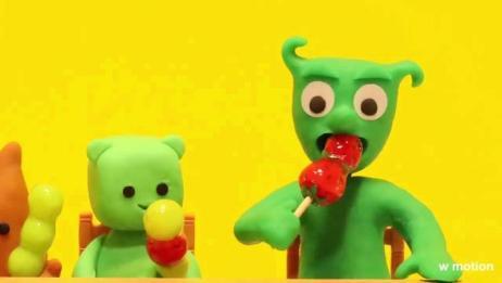 黏土定格动画小绿人和宠物们的吃播,萌哒哒的小人,好听的咀嚼音