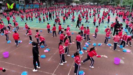 2018年綦江区东溪书院街小学体能训练课