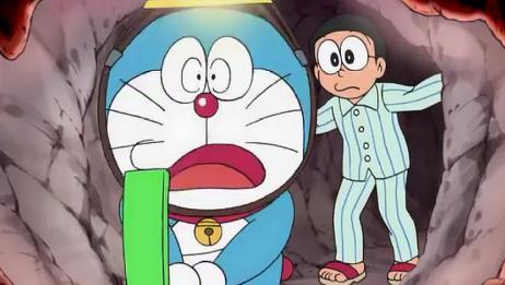 哆啦A梦:小哆啦大半夜不睡觉,竟偷偷干这事,被大雄抓个现行