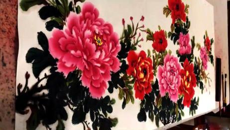 国画:四尺牡丹的画法展示,教你点花蕊,笔法细腻,值得收藏!