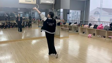 中国舞《月满西楼》背后演示