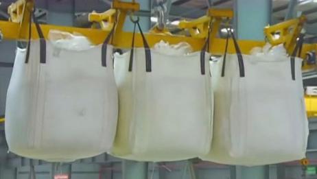 实拍甘蔗变白糖的全过程,每天都吃的东西制作过程这么复杂?