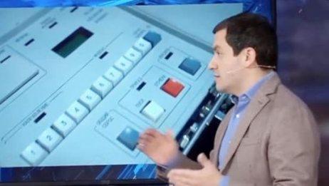 轻轻一按毁灭世界!俄罗斯首次公开核手提箱:发射按钮居然长这样