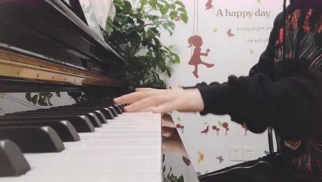 钢琴曲《花火》感觉会弹钢琴的女生都很漂亮,真的超级好听