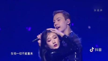 跨年:陈伟霆一首《my lady》,好会跳舞,太撩了!