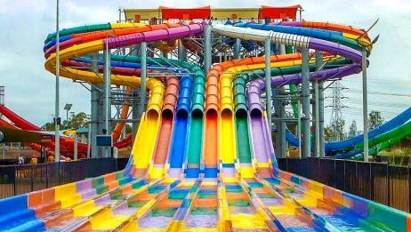 十足好玩!气势磅礴的8排道大型水滑梯,全方位体验水上冲刺