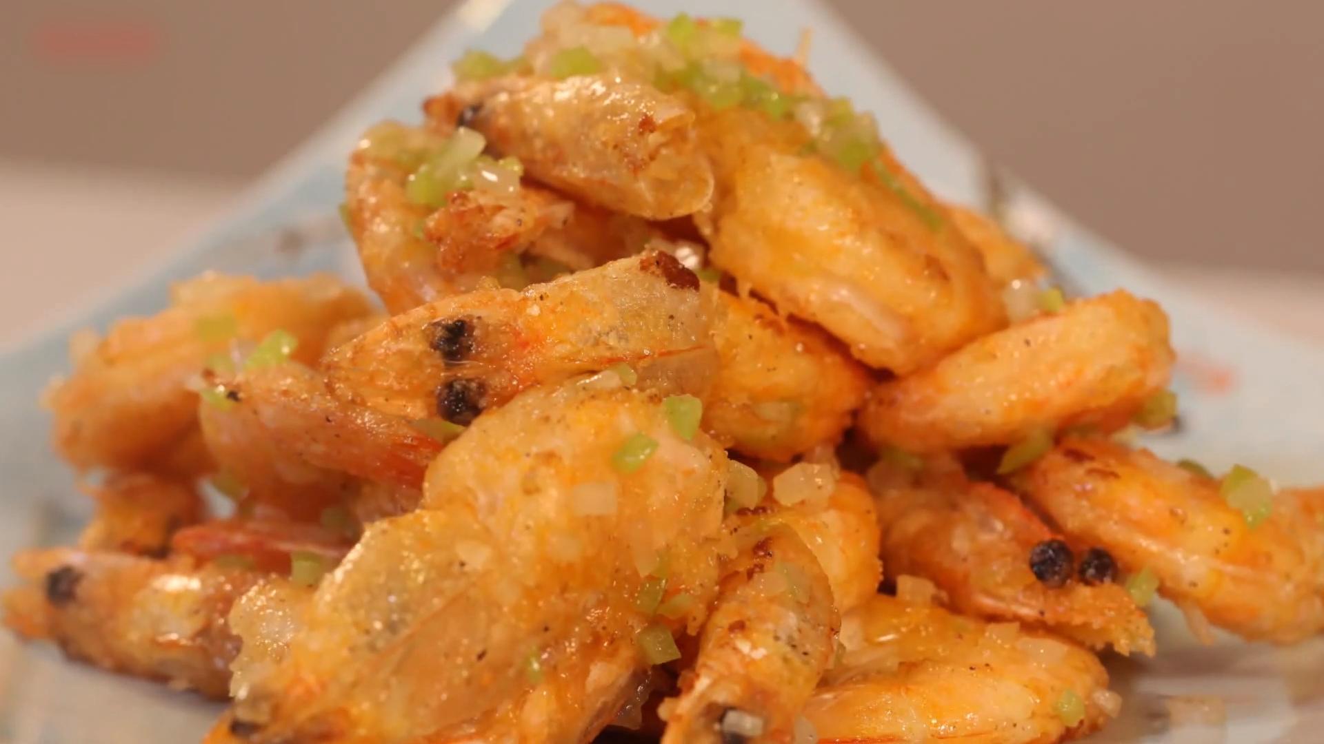 椒盐虾的做法_蒜蓉虾的做法  第2张