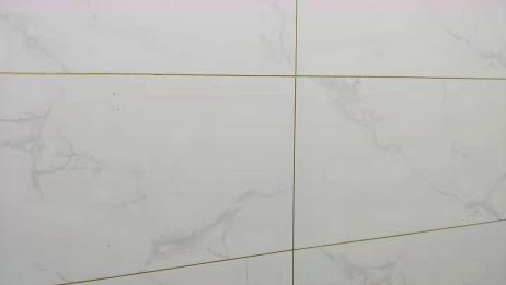 贴瓷砖的十字缝怎么调整才比较快,装修师傅有妙招,一学就会